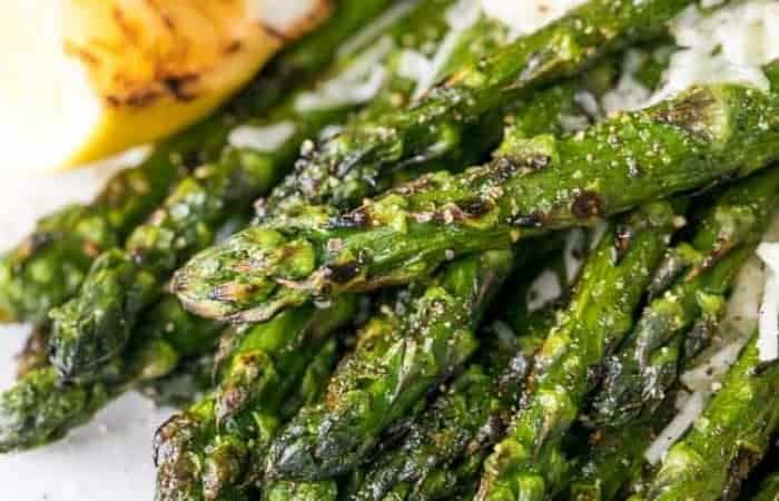 bbq asparagus with parmesan cheese