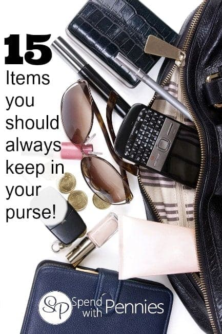 15 Items you should always keep in your purse!