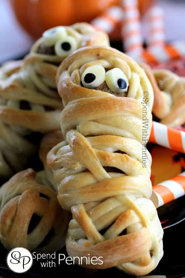 Meatball Mummies | Halloween Appetizers That Are Dreadfully Inviting | Homemade Recipes