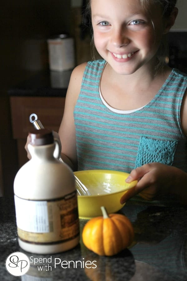 Pumpkin Pie Crescents is a great recipe for kids to make!