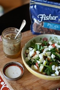 Autumn-Spinach-Salad-Pecan-Vinaigrette-Recipe-3