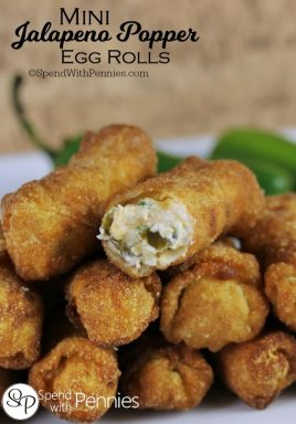 These Mini Jalapeno Egg Rolls are the perfect snack! Crispy, cheesy, creamy & spicy... totally irresistible!