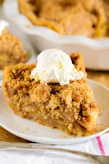 Apple Crumb Pie is a delicious and easy pie that everyone absolutely raves over. A tender flaky crust filled with sweet juicy cinnamon kissed apples all topped of with a delicious crumb topping. #spendwithpennies #applepie #crumbtopping #easyrecipe #simpledessert