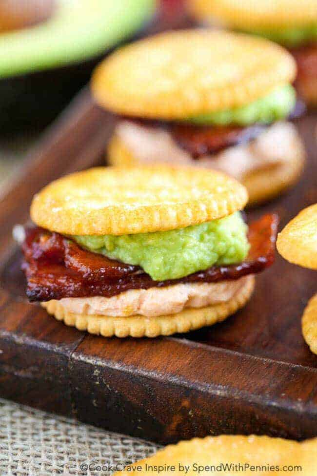 Sriracha Bacon Ritzwich! A quick and easy snack idea! These RITZwiches feature buttery Ritz crackers loaded with sriracha bacon and avocado for the perfect 2 bite snack!