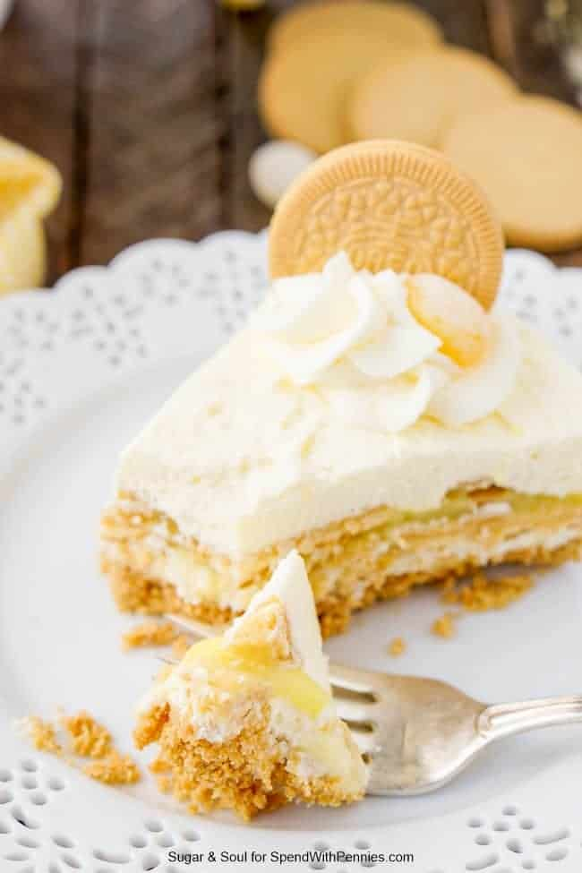 This Lemon Oreo Icebox Cake is a no-bake dessert made with layers of Lemon Oreos, fluffy vanilla whipped cream, and lemon pudding on a graham cracker crust.