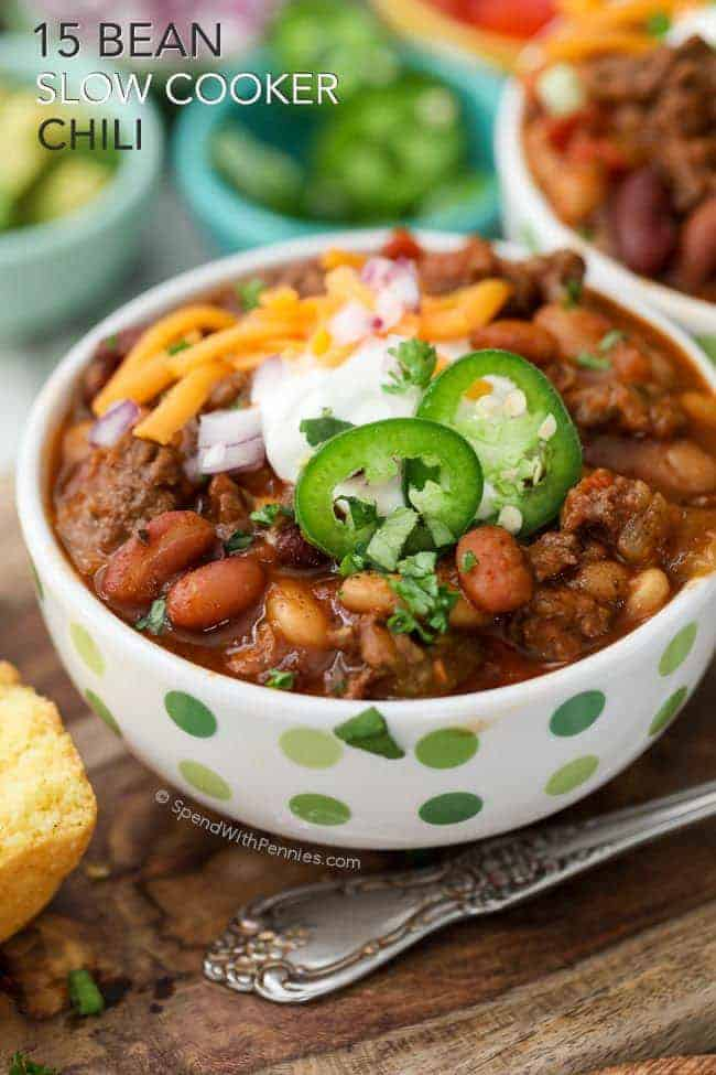 15 Bean Slow Cooker Chili with cornbread muffins