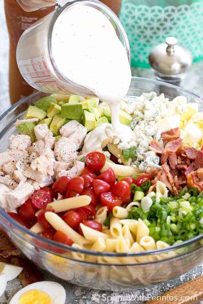 Creamy ranch dressing, juicy tomatoes, crisp bacon, avocados and cheese, this easy COBB PASTA SALAD can save the day at dinner time or be the stardish atany picnic or potluck spread!