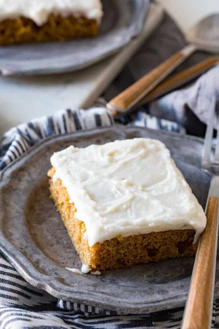 These pumpkin spice protein bars have a fun addition of organic whey protein, and are a great twist on a holiday classic. Pumpkin bars topped with a delicious cream cheese frosting, flavored with pumpkin pie spice!