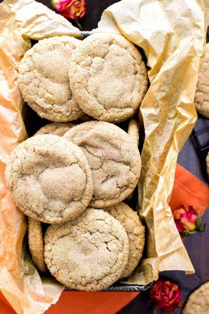 Sweet, crackle-topped, sugar-coated pumpkin spice cookies (made without actual pumpkin)!