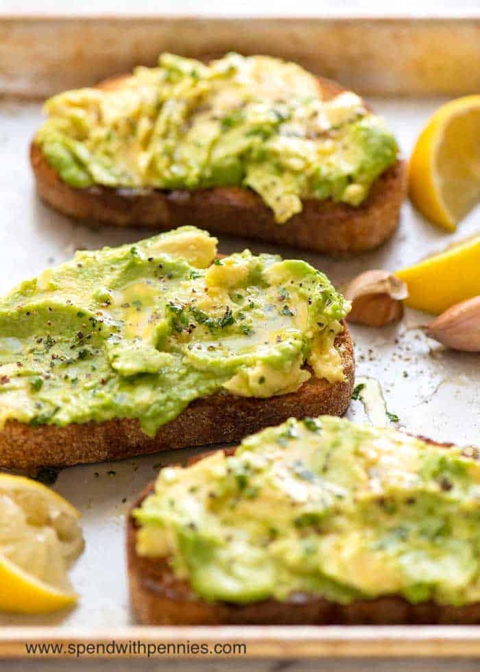Avocado Toast with lemon and garlic
