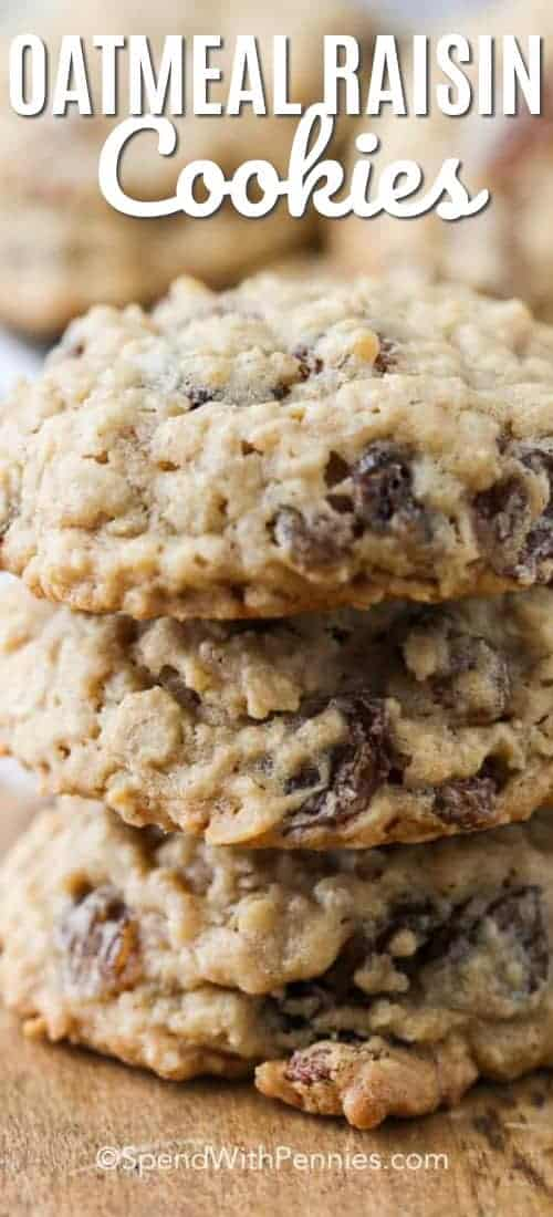 A plate of soft chewy oatmeal raisin cookies is the perfect snack with a tall glass of milk. #spendwithpennies #cookies #oatmealcookies #oatmealraisincookies #cookierecipe #dessert #lunchbox #fromscratch