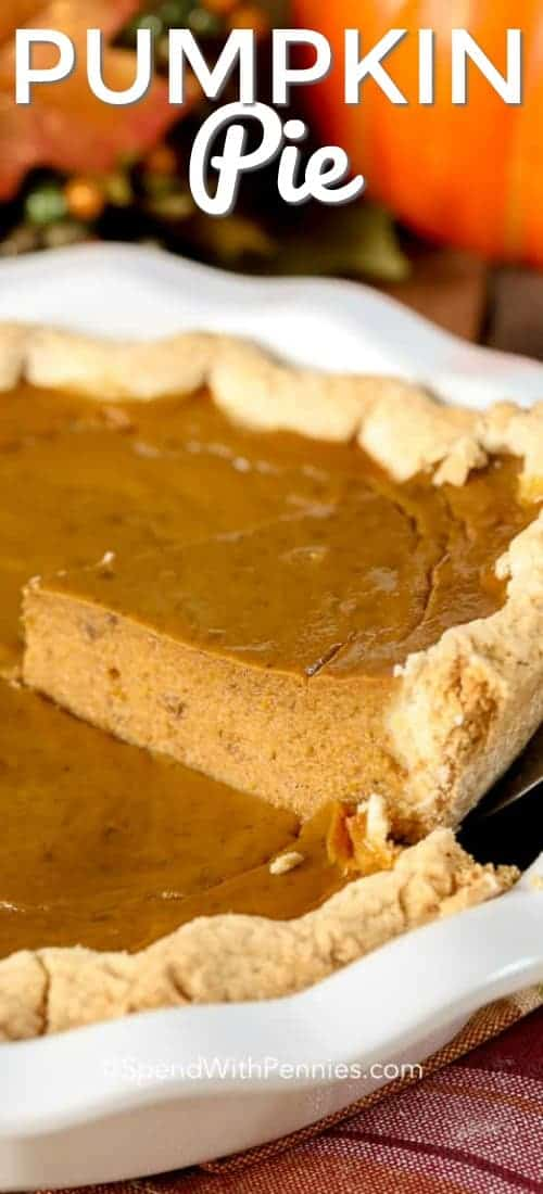 Pumpkin pie is one of our favorite holiday desserts, it is so rich and flavorful! #spendwithpennies #easyrecipe #pumpkinpie #easypie #pumpkinrecipe #pumpkinpiespice #thanksgivingrecipe #homemade #fromscratch