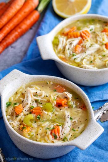 Bowls of greek lemon chicken soup