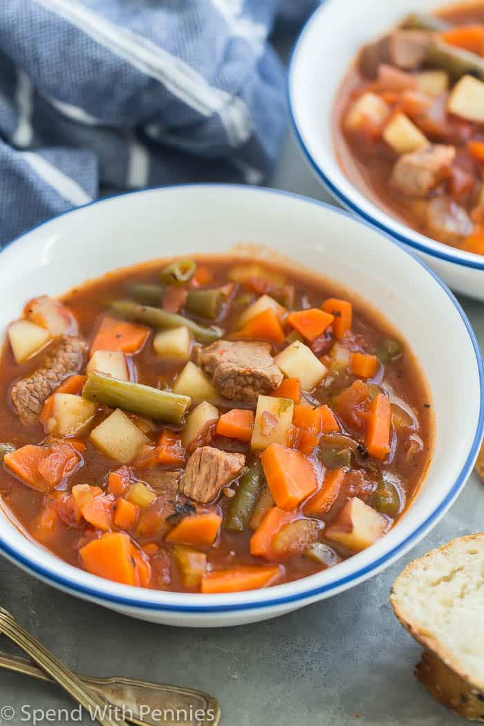 bowl of slow cooker vegetable beef soup