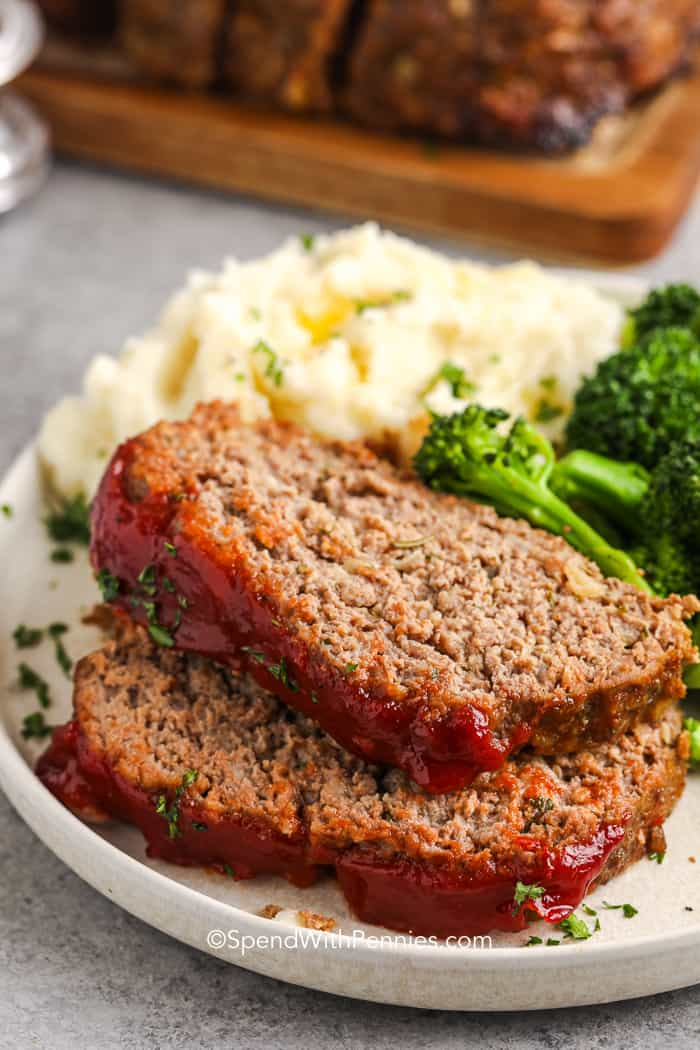 meatloaf served with mashed potatoes and broccoli