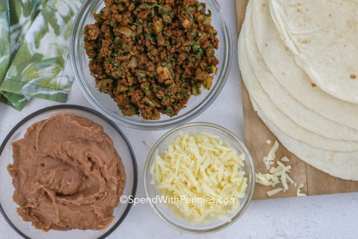 Ground Beef Burrito ingredients.