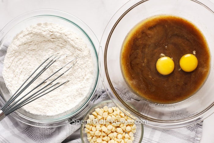 Ingredients for Blondies in glass bowls