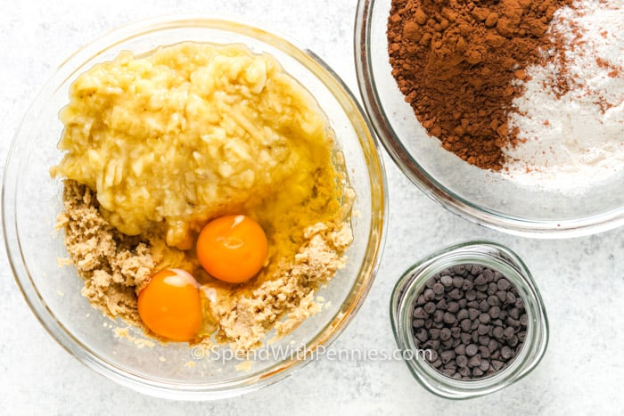 process of mixing wet and dry ingredients to make Chocolate Banana Snack Cake