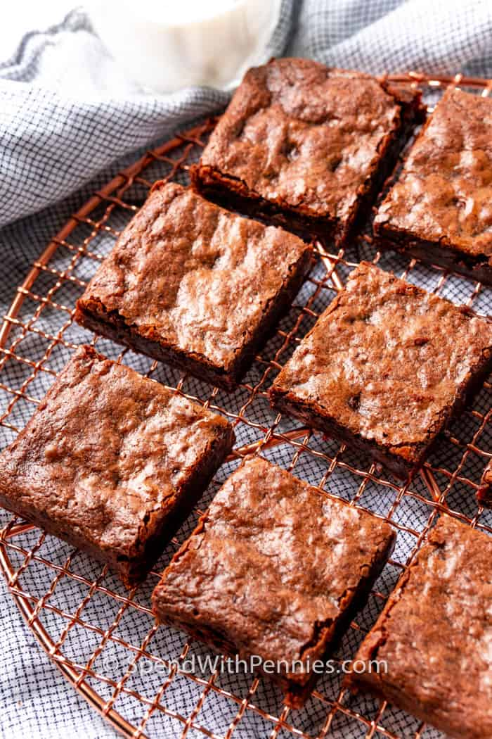 Fudgy Chocolate Brownies cooked on a cooling rack