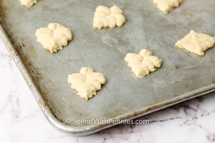 Easy Shortbread Cookies on a baking sheet before cooking