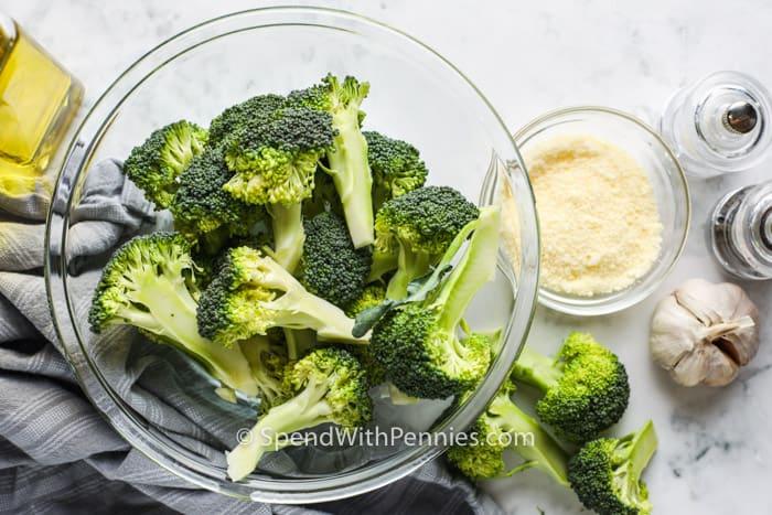 ingredients to make Crispy Garlic Air Fryer Broccoli