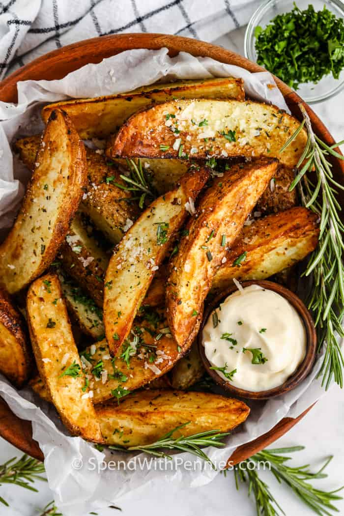 plated Rosemary Air Fryer Potato Wedges with dip