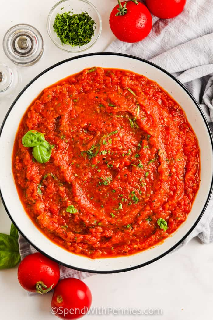 top view of plated Fresh Tomato Sauce