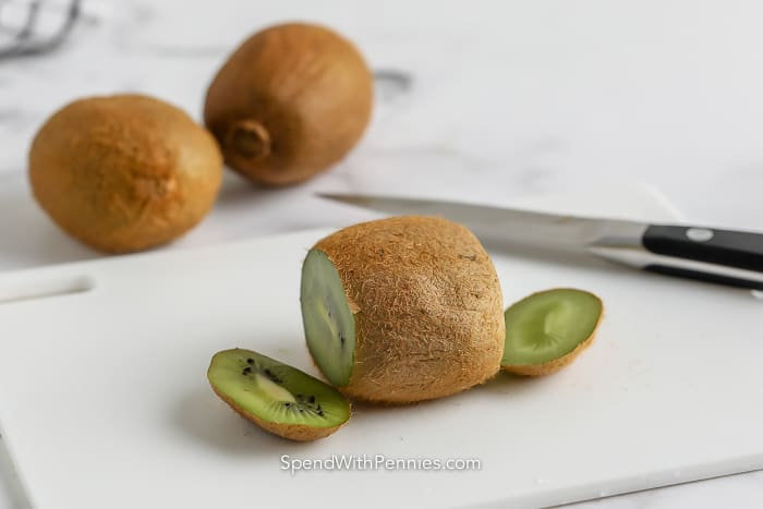 a kiwi with ends cut off