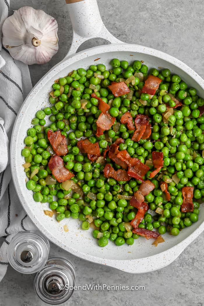 Green Peas with Bacon in a pan